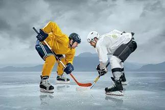 Хоккеисты на льду